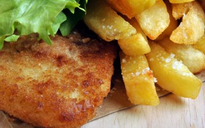 5861536 - fish and chips with some organic salad